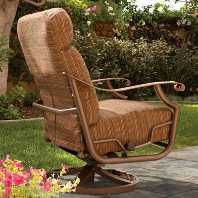Outdoor Furniture Trends For 2012 - Today´s Patio