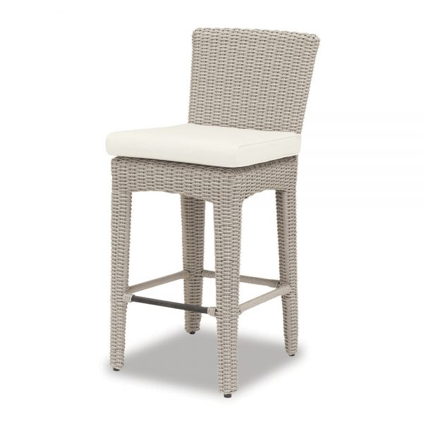 Manhattan bar stool