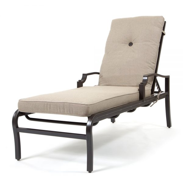 Bellevue chaise lounge with Sailcloth Shadow cushions