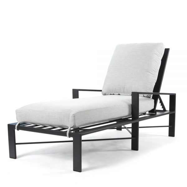 Gios chaise lounge