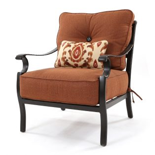 Monterey lounge chair with kidney pillow