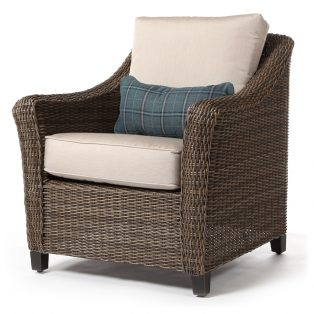 Oak Grove club chair with kidney pillow