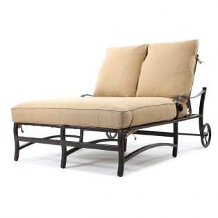 Veracruz double chaise lounge with wheels