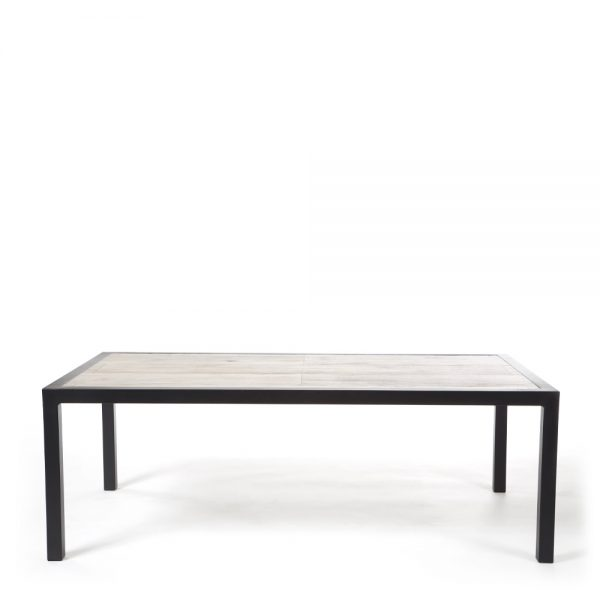 Quadra outdoor coffee table front view