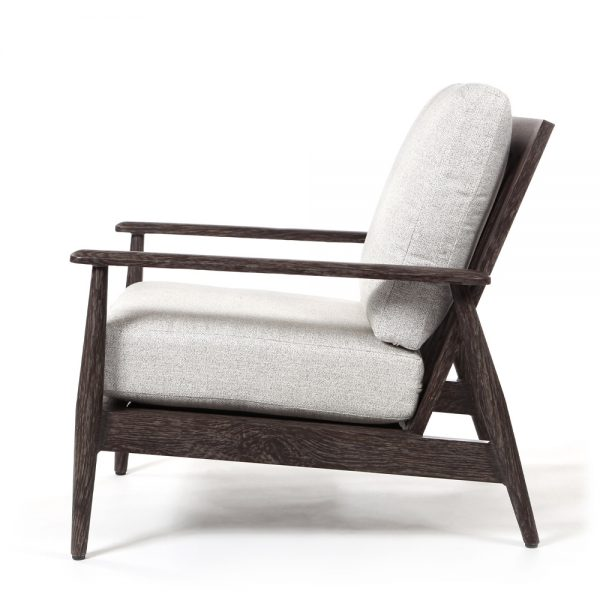 Augusta outdoor lounge chair side view