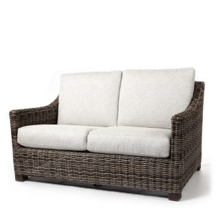 Avallon loveseat