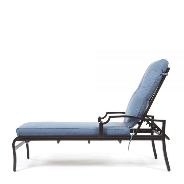 Bellevue outdoor chaise lounge side view