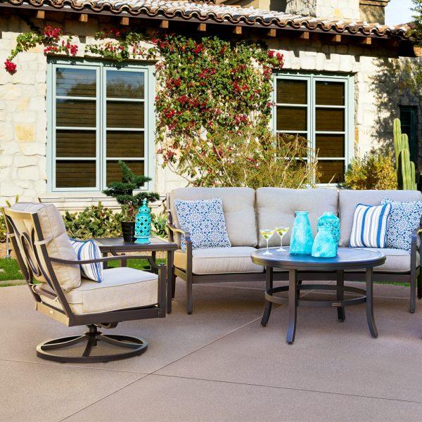 Sunvilla Bellevue patio set