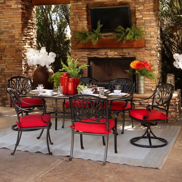Biscayne outdoor dining table and chairs