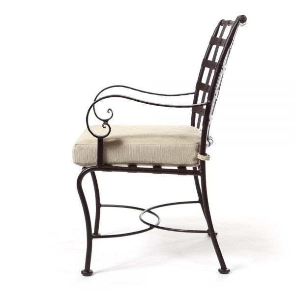 Classico patio dining chair side view