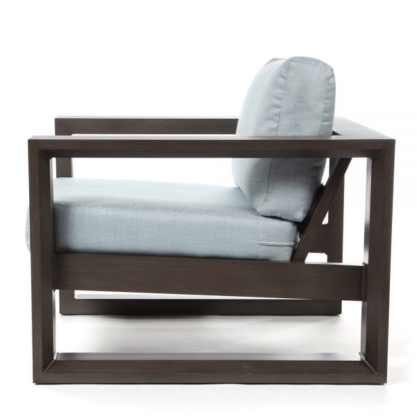 Denmark outdoor lounge chair side view