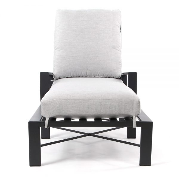 Gios wrought iron chaise lounge front view