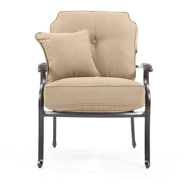 Agio Heritage outdoor club chair front view