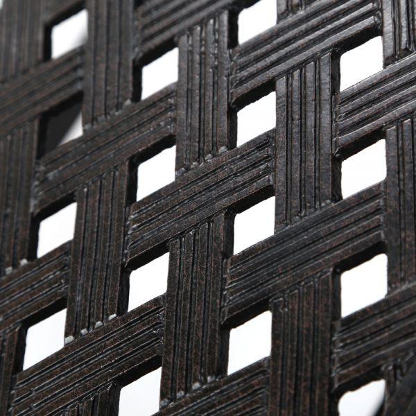 Agio Heritage aluminum coffee table top detail