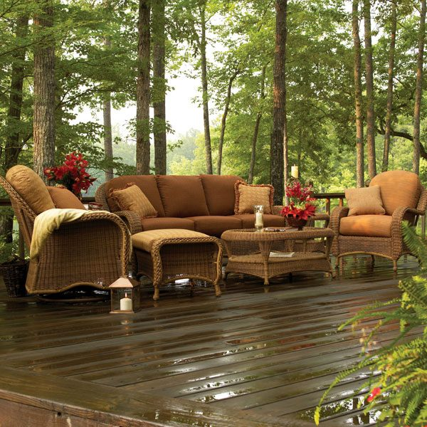 Classic Wicker outdoor patio furniture set