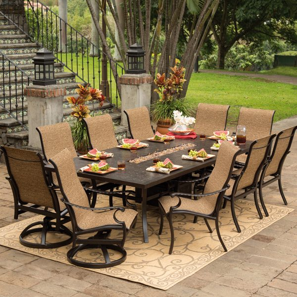 Pride Castelle outdoor sling dining furniture