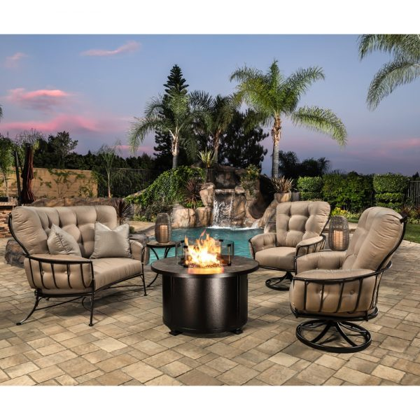 OW Lee Monterra fire pit chat set
