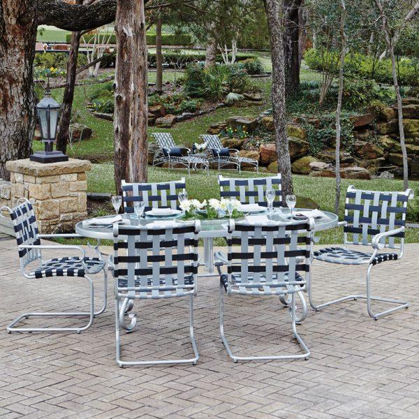 Woodard commercial grade aluminum dining furniture