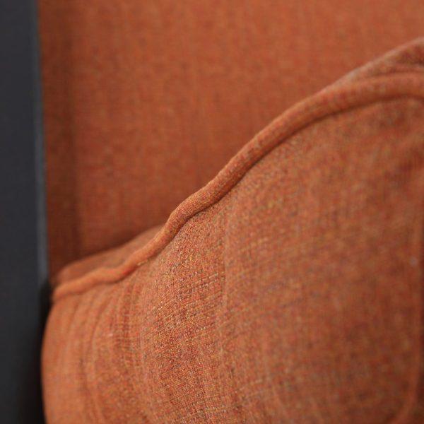 Alu-Mont Santa Barbara chaise lounge with Linen Chili Sunbrella fabric