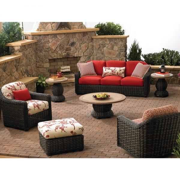 Lane Venture outdoor wicker furniture
