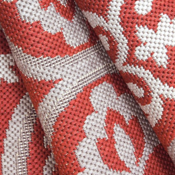 Mosaic Red outdoor area rug from Treasure Garden close up