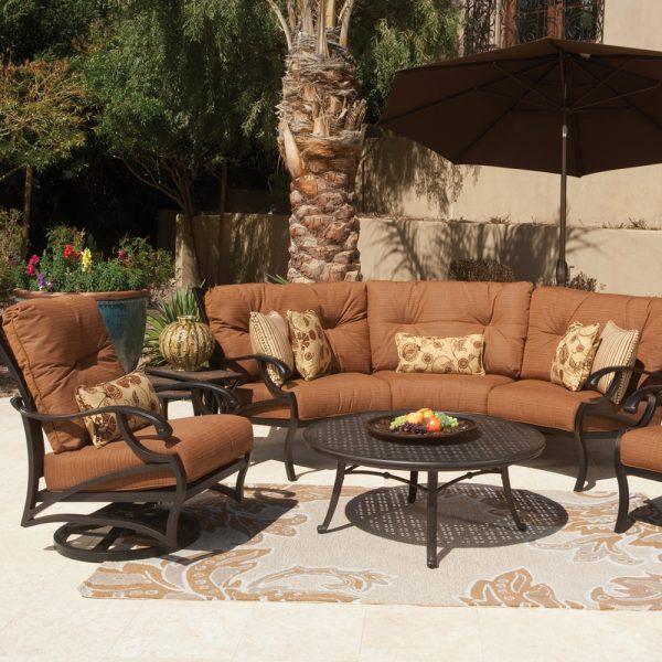 Mallin Volare deep seating patio furniture