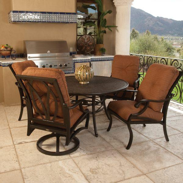 Mallin Volare aluminum dining furniture