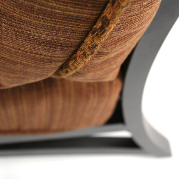 Volare right arm chair Sunbrella cushion detail