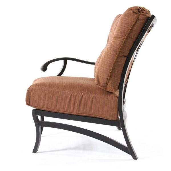 Volare outdoor right arm chair side view