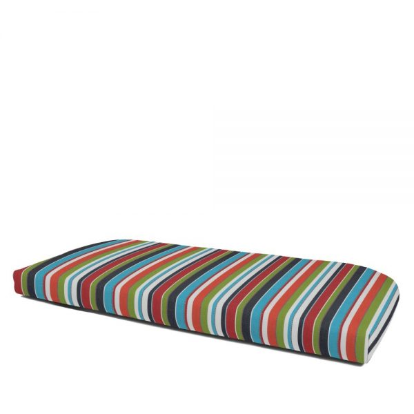 Non-Tufted wicker settee cushion