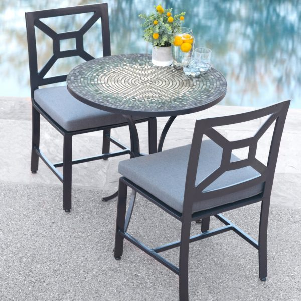 Glass mosaic outdoor table - Mist Kenilworth